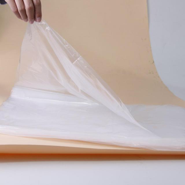 塑料薄膜生产过程中产生的静电如何处理?