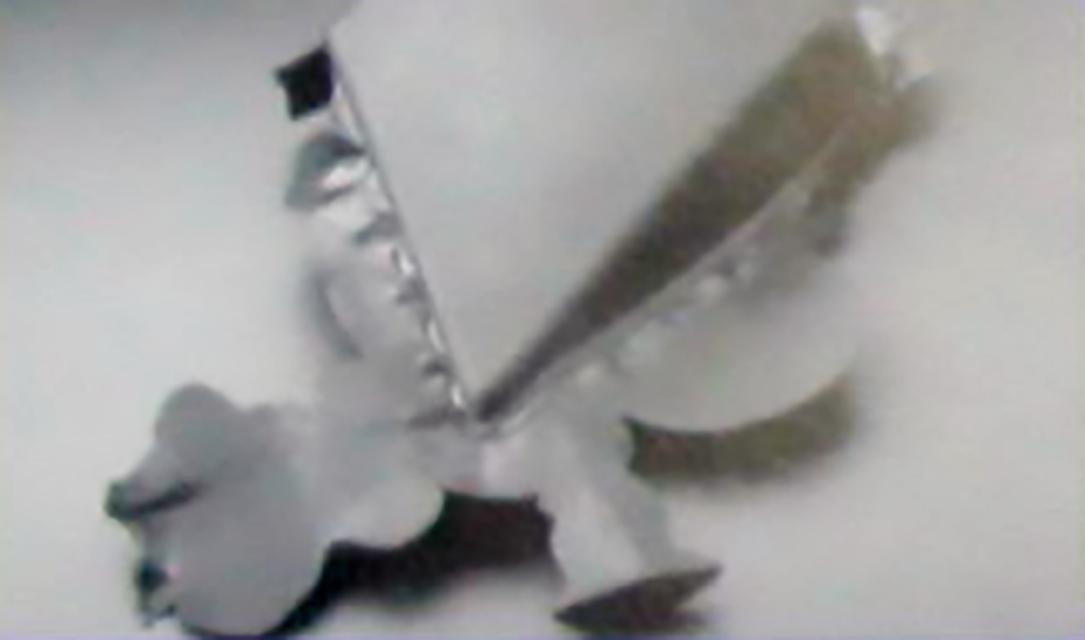 071-披锋(毛刺)的成因及对策配图02:大面积的较厚的披锋(毛刺)