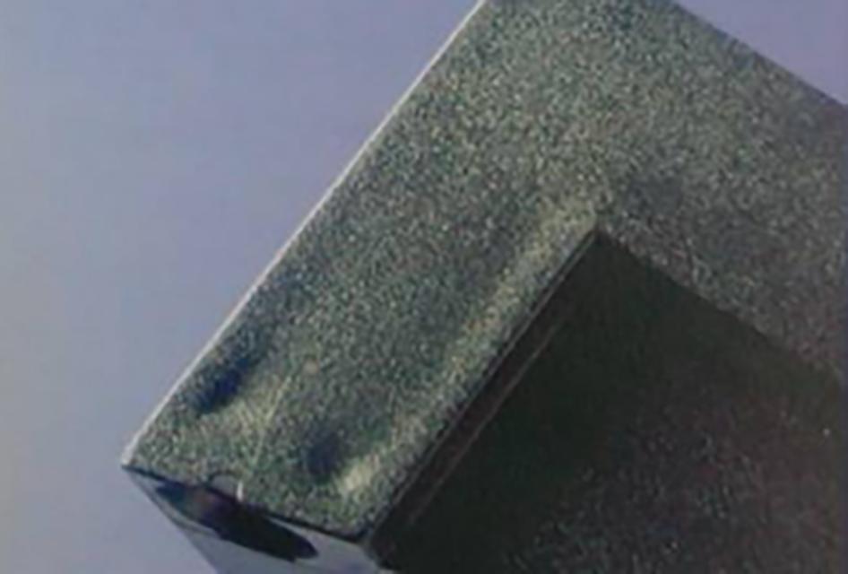 046-注塑缩水缺陷03:柱位与制品表面的交界处收缩