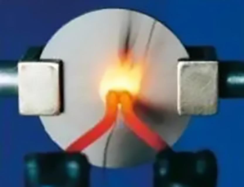 110-智能马桶盖选材配图04-灼热丝试验