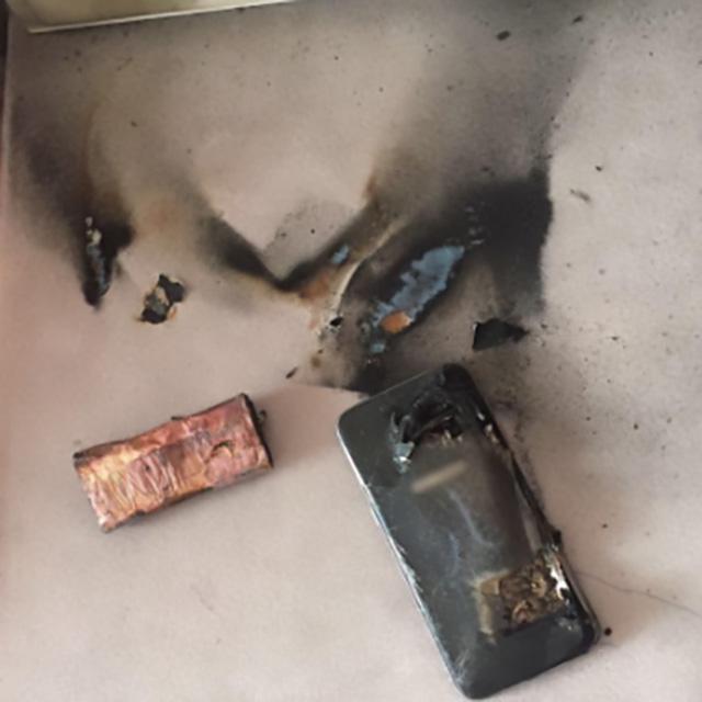 365-手机自燃